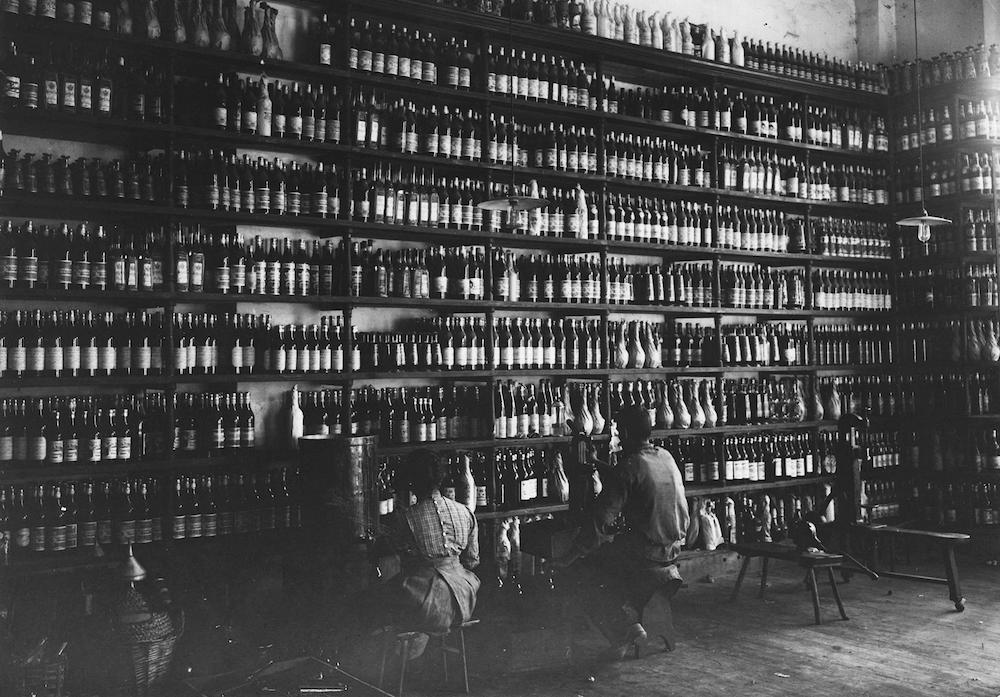 Vermouth Torino: una storia che passa da Miravalle 1926